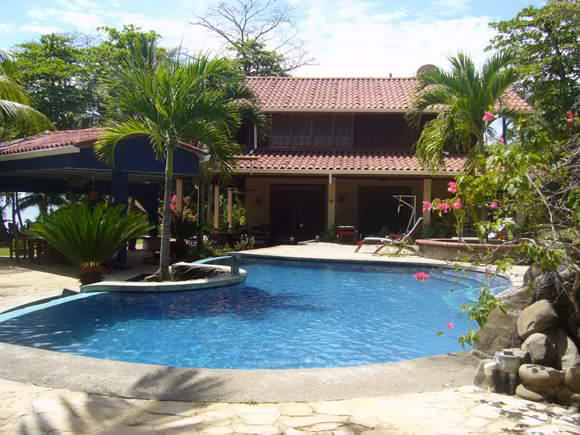 Montezuma Vacation Home