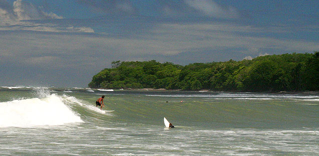 Surfing in Montezuma at Playa los Cedros