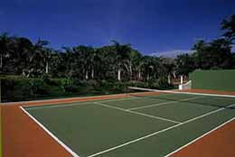 The Quebrada Estate tennis court